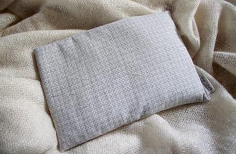 כרית חימום דגם לבן משבצות